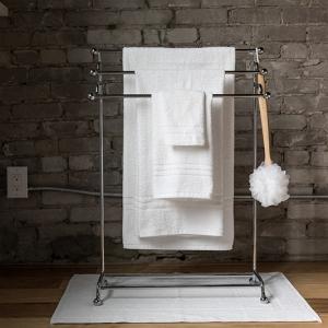 8610 Premium Cam Border Towel