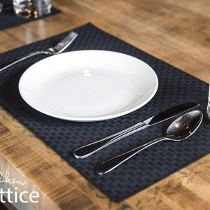8360 Lattice Placemats